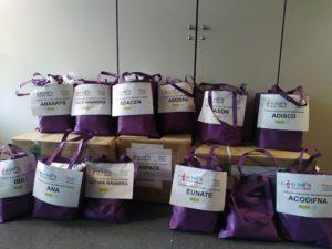 Imagen de las bolsas con mascarillas preparadas para su entrega a las entidades de CERMIN