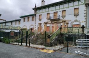 Imagen del estado del edificio, en el comienzo de las obras