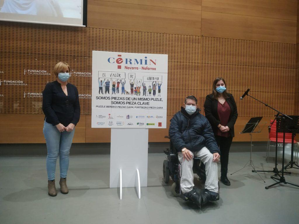 Imagen de familia de los participantes en la lectura del manifiesto
