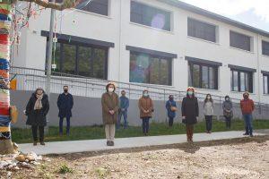 Foto de grupo en la visita a las instalaciones