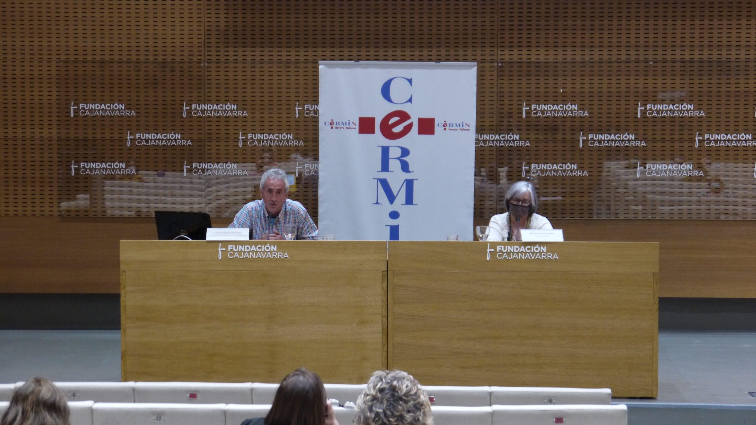 Javier Zugasti y Mariluz Sanz durante el turno de preguntas