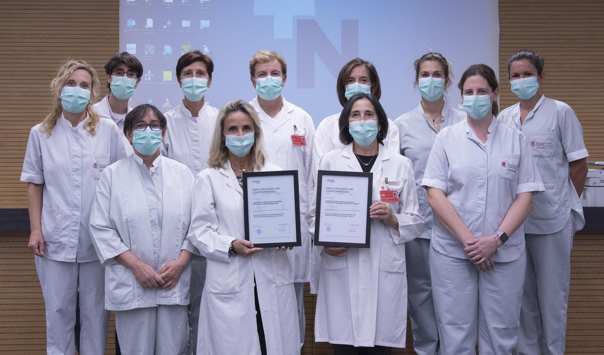 Equipo de profesionales de diabetes pediátrico y de adulto